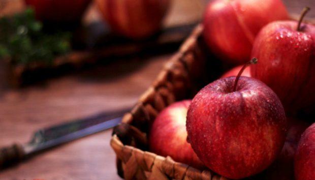 Τόσο Καιρό Τρώμε τα Μήλα με Λάθος Τρόπο - Πώς Πρέπει να τα Καταναλώνουμε για να Λαμβάνουμε Όλα τα Οφέλη τους