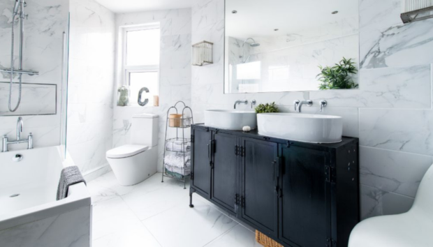 Πεντακάθαρο Μπάνιο Χωρίς Πολύ Κόπο -Με Αυτές τις 5 Κινήσεις