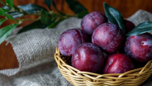 Μωβ Φρούτα και Λαχανικά -Γιατί Καθυστερούν τη Γήρανση Περισσότερο από τα Υπόλοιπα