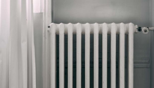 Keep your Home Cozy: Πώς να Καθαρίσετε το Καλοριφέρ σας Λίγο πριν Πιάσουν τα Κρύα
