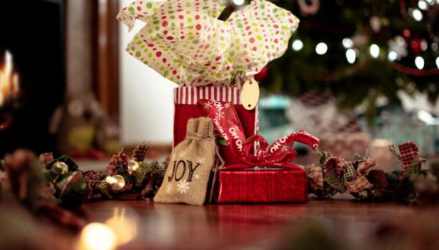 Τα Έξοδα των Γιορτών: 5 Έξυπνα Βήματα για να Αποφύγετε την Σπατάλη Χρημάτων -Τα Συνηθέστερα Λάθη στη Διαχείρισή τους