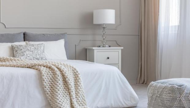Ο Λόγος για τον Οποίο τα Περισσότερα Παπλώματα είναι Λευκά, Σύμφωνα με Home Experts