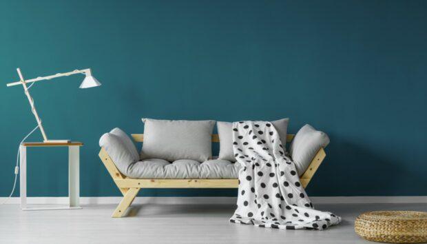 Όλα τα Βήματα για να Βάψετε Τέλεια το Σπίτι ή τα Παλιά σας Έπιπλα σαν Επαγγελματίες!