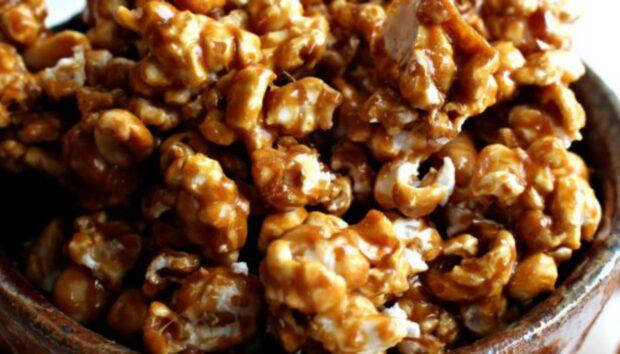 Καραμελωμένα Pop Corn από τον Άκη Πετρετζίκη!