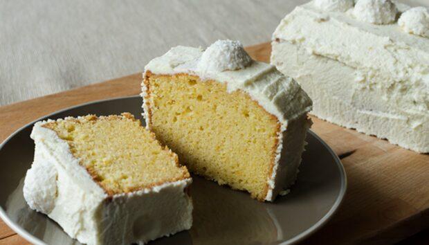 Κέικ Πορτοκάλι με Λευκή Σοκολάτα από τον Άκη Πετρετζίκη