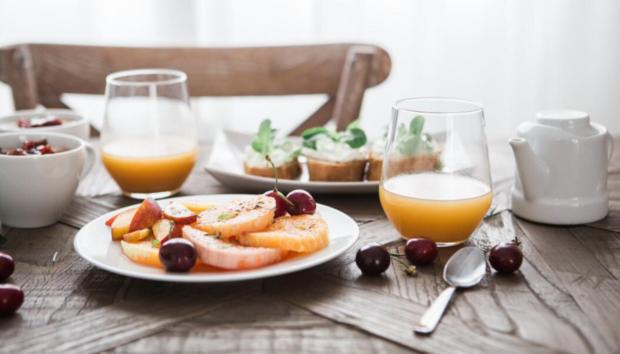 Νιώθετε Εξάντληση; Αυτές οι Τροφές θα σας Γεμίσουν Ενέργεια σε Χρόνο Ρεκόρ