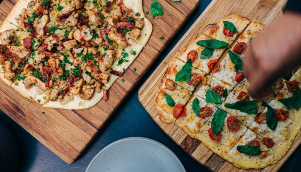 Pinsa: Η Light Βερσιόν της Ιταλικής Πίτσας που την Έτρωγαν στην Αρχαία Ρώμη -Πιο Υγιεινή και Πεντανόστιμη