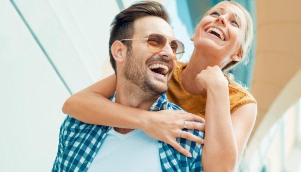 5 Τρόποι που θα σας Κάνουν να Σταματήσετε να Σκέφτεστε Υπερβολικά -και θα Φέρουν τη Χαρά στη Ζωή σας