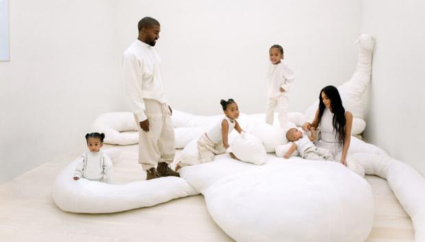 Μέσα στο Σπίτι της Kim Kardashian και του Kanye West στην Καλιφόρνια