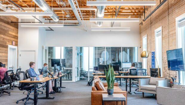 Σας Λείπουν οι Θόρυβοι του Γραφείου; Αυτός ο Ιστότοπος τους Αναπαράγει
