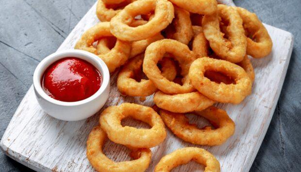 Onion Rings Από τον Άκη Πετρετζίκη!