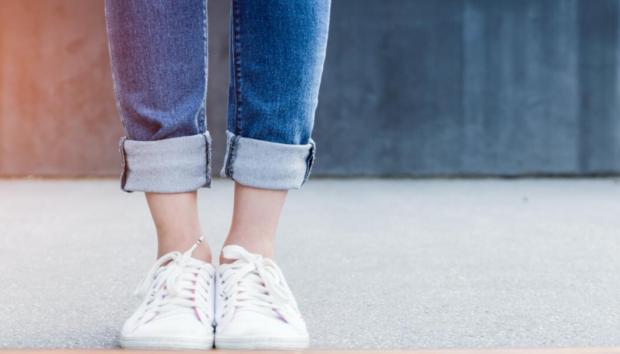 Πώς να Καθαρίζετε και να Απολυμαίνετε Σωστά τα Παπούτσια σας κάθε φορά που Μπαίνετε στο Σπίτι
