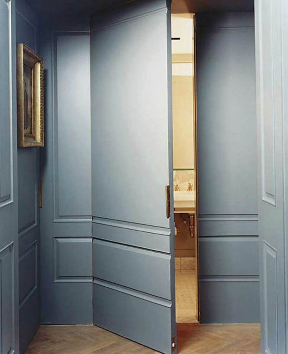 Σε κάθε πολυτελές σπίτι υπάρχει και ένα μυστήριο παράδειγμα αυτού το μυστικό δωμάτιο.