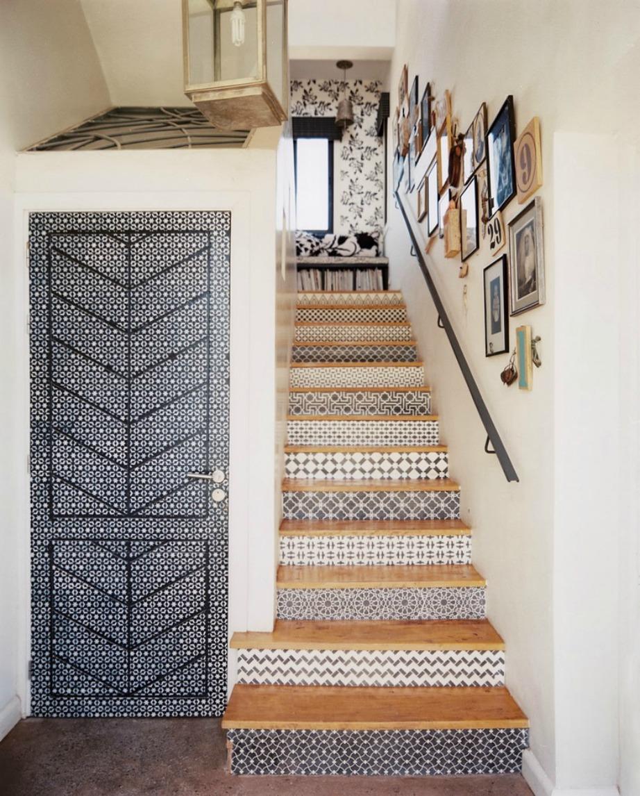 Τοποθετήστε την με προσοχή και αλλάξτε την όψη της σκάλας σας.