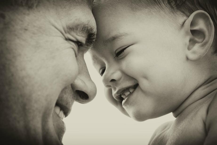 Μια από τις πιο δυνατές σχέσεις είναι πατέρα και παιδιού.