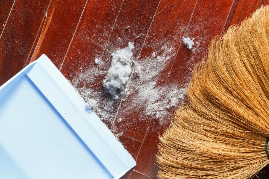 Το ροχαλητό μπορεί να οφείλεται στη σκόνη που βρίσκεται μέσα στο υπνοδωμάτιό σας.