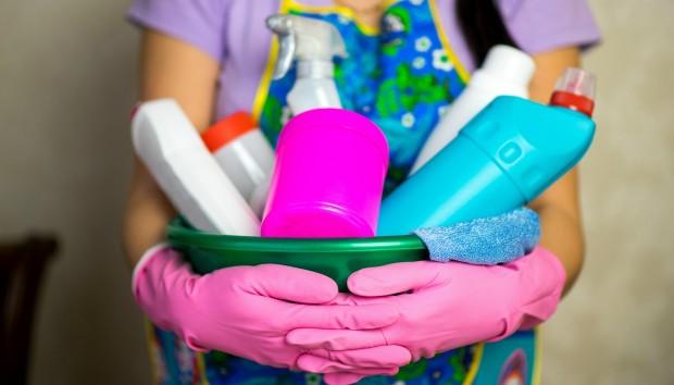 Πλήρης Οδηγός: Πόσο Συχνά Πρέπει να Καθαρίζετε το Καθετί Μέσα στο Σπίτι