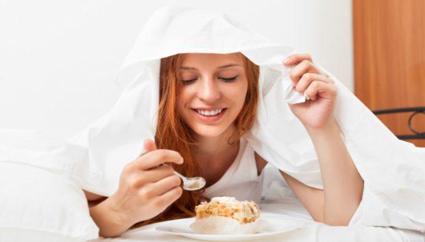 Αυτά τα Σνακ Επιτρέπεται να Τρώτε Πριν Κοιμηθείτε το Βράδυ