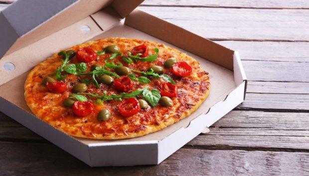 Όλα τα Απίστευτα Πράγματα που Μπορείτε να Κάνετε με Κουτιά από Πίτσα