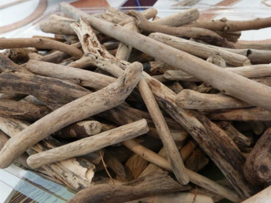 Τα ξύλα θα πρέπει να πλυθούν πολύ καλά πριν τα χρησιμοποιήσετε για οποιαδήποτε κατασκευή.