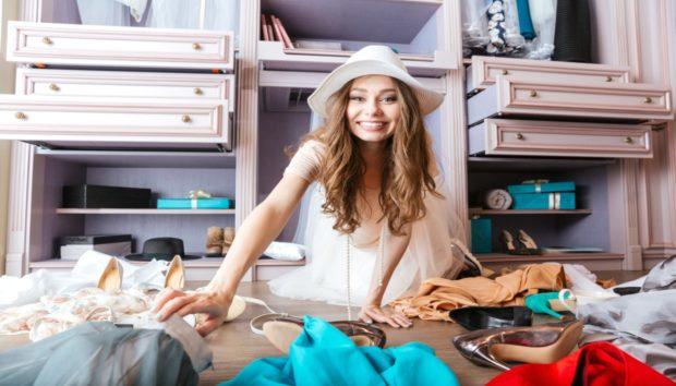 Απίστευτη Έρευνα: Αποκαλύπτει Πόσα Λεπτά Σπαταλούν Ημερησιώς οι Γυναίκες για να Βρουν τι θα Φορέσουν
