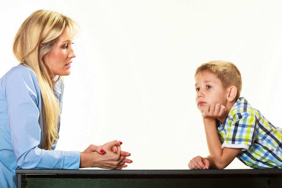 Μιλήστε με το παιδί σας για αυτά που έχουν συμβεί και ακούστε το!