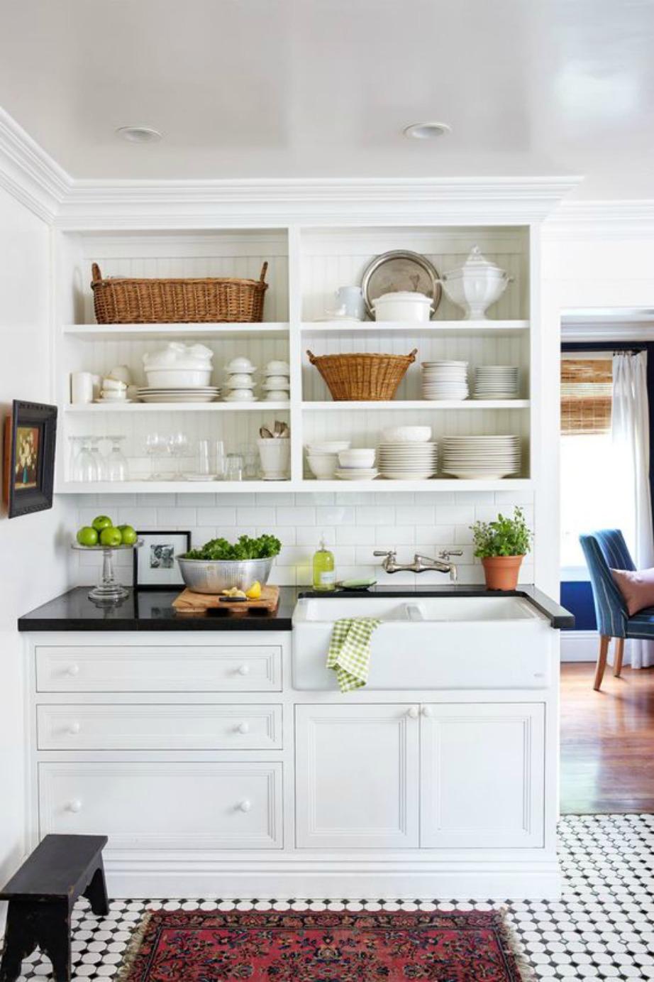 Τα καλάθια ως αποθηκευτικοί χώροι θα σας βοηθήσουν να βάλετε πράγματα που δε χρησιμοποιείτε καθημερινά.