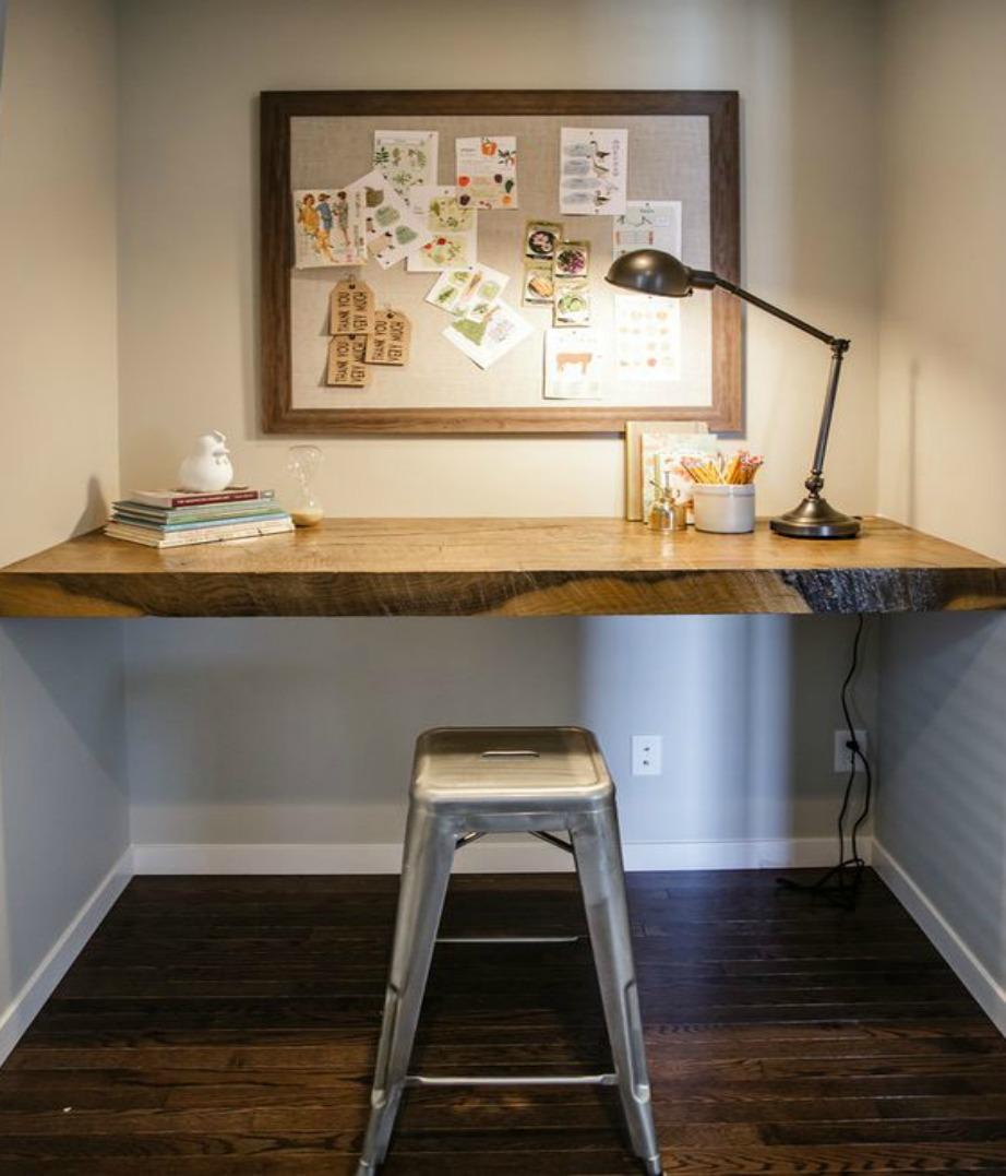 Φτιάξτε το δικό σας γραφείο βιδώνοντας ένα μεγάλο ξύλινο ράφι.