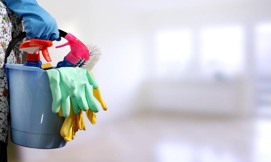 Όσο καλύτερα φροντίσετε το σπίτι σας πριν τις διακοπές τόσο πιο εύκολη θα είναι προσαρμογή σας μετά τις διακοπές.