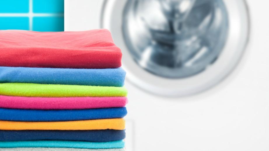 Καθαρά και μυρωδάτα πρέπει να αποθηκεύσετε τα καλοκαιρινά σας ρούχα.