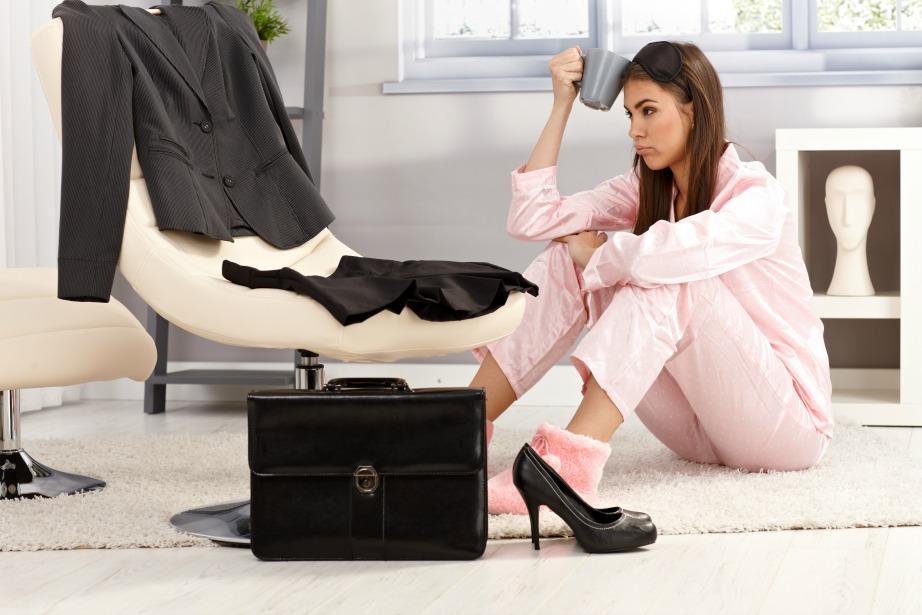 Το μεγαλύτερο ποσοστό των γυναικών ξεσπούν και μελαγχολούν, όταν δεν βρίσκουν τι να φορέσουν στη δουλειά.