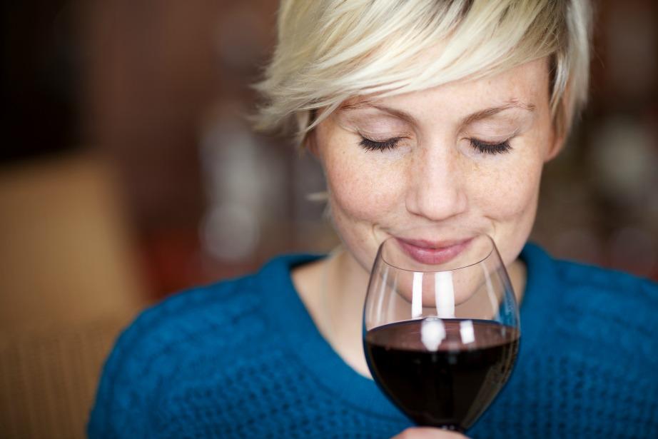 Η μυρωδιά του κρασιού μαρτυρά πολλά για την ποιότητά του.
