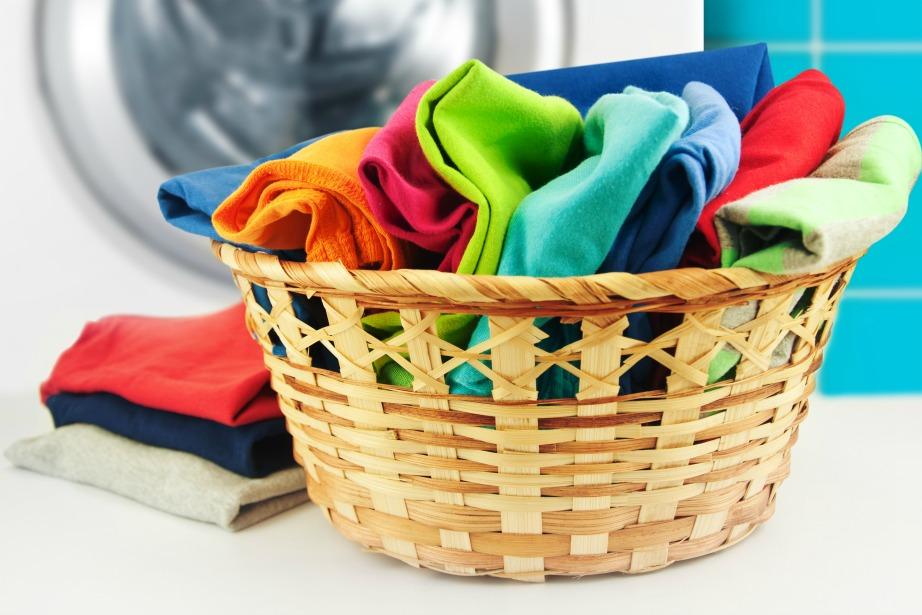 Ένα καλό ξεκαθάρισμα των ρούχων, λευκών και χρωματιστών, πριν τα βάλουμε για πλύσιμο είναι απαραίτητο.