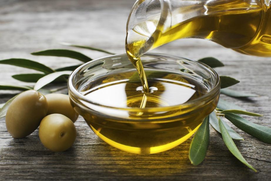 Το λάδι είναι το απαραίτητο συστατικό της Μεσογειακής Διατροφής