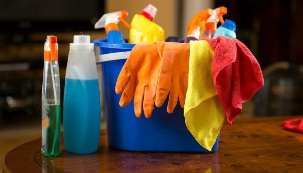 Φτιάξτε το Δικό σας Μαγικό Καθαριστικό με Μόλις 0,10 Λεπτά