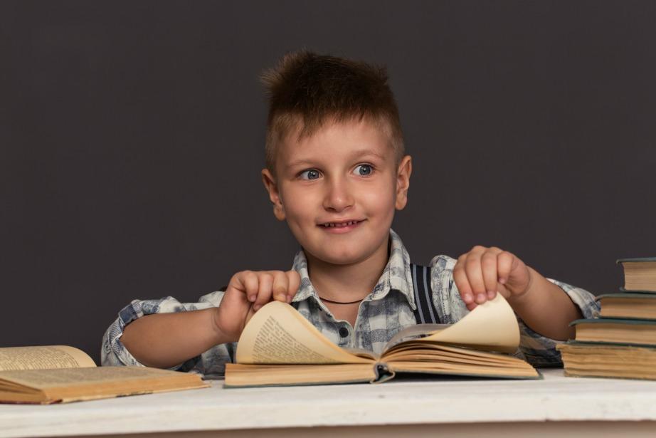 Η γνώση ανάγνωσης πριν την πρώτη δημοτικού είναι θετικό δείγμα για την μετέπειτα σταδιοδρομία του.