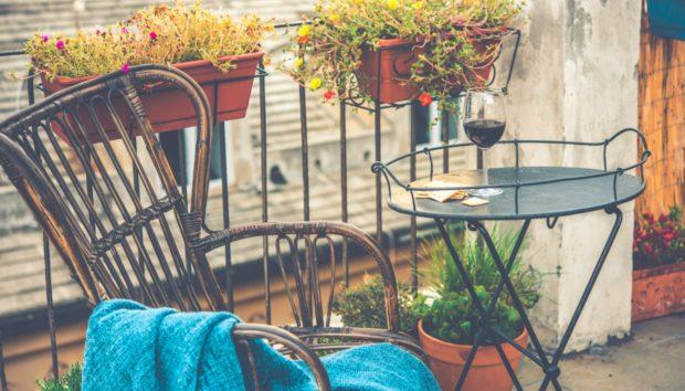 Φθινόπωρο στο Μπαλκόνι: Διακοσμήστε το με Στιλ!