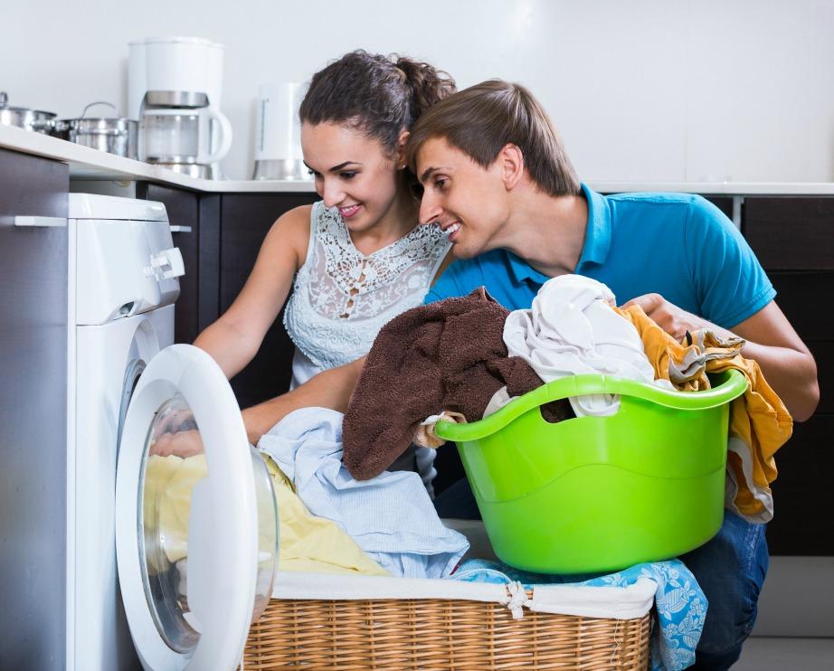 Με το πέρασμα των χρόνων τα 2 φύλα τείνουν να κάνουν ισάξιο καταμερισμό των εργασιών του σπιτιού.