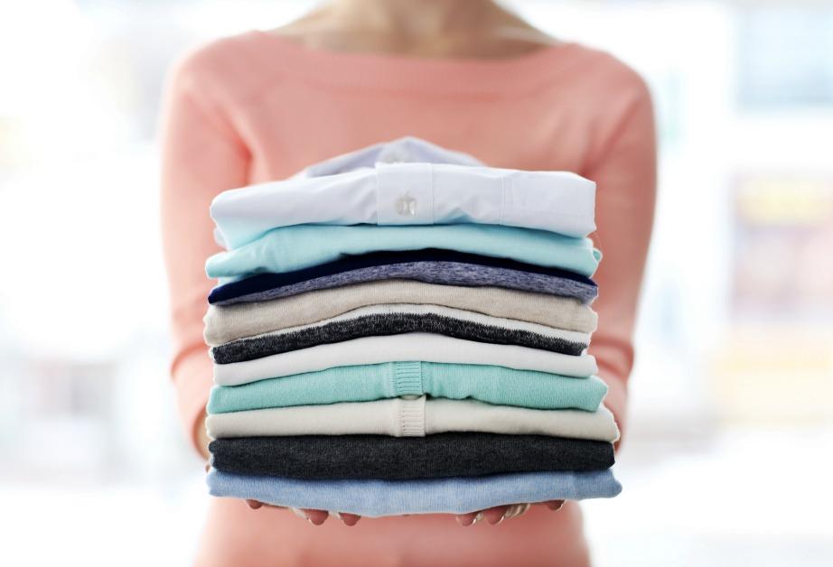 Το σιδέρωμα δεν είναι και τόσο αναγκαίο πόσο μάλλον αν τα ρούχα αποθηκευτούν σε σακούλες.