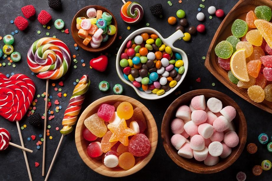 Η ζάχαρη καταστρέφει το κολλαγόνο και την ελαστίνη του δέρματος.