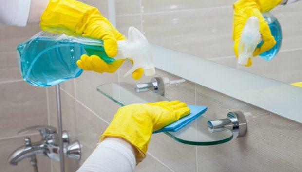 Δείτε 4 Συνήθειες που θα Κάνουν το Μπάνιο σας να Λάμπει για Περισσότερο Καιρό