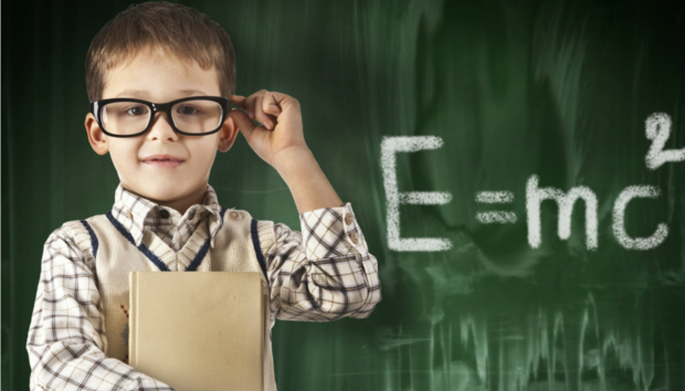 5 Σημάδια που Δείχνουν ότι το Παιδί σας θα Γίνει Επιστήμονας!