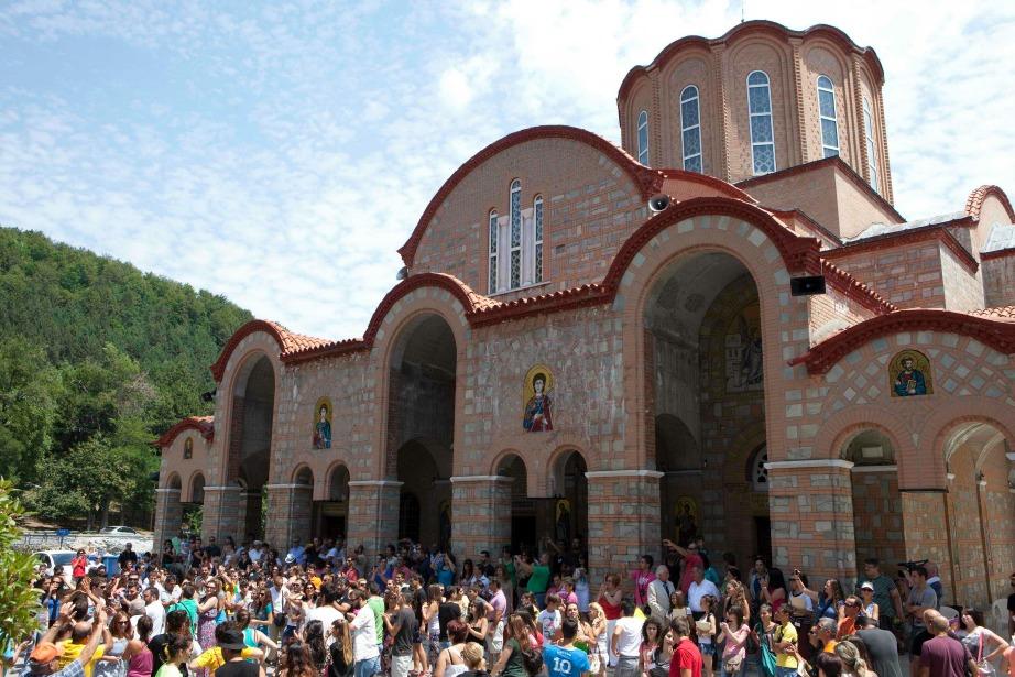 Ο Ιερός Ναός Της Παναγίας Σουμελά στο Βέρμιο.