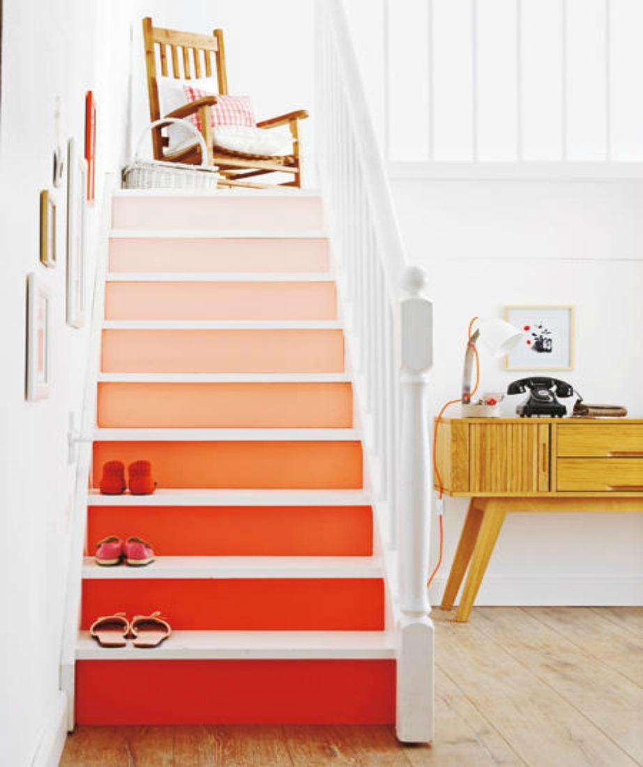 Βάψτε τα σκαλοπάτια σας με χρωματικές διαβαθμίσεις.