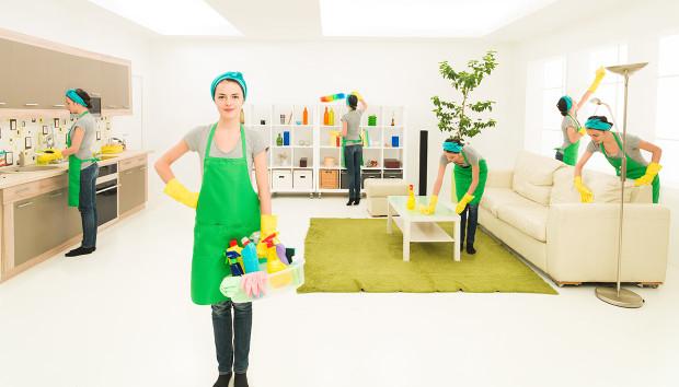 Λάμψτε Όλο το Σπίτι Μόνο με 3 Σφουγγάρια και 4 Φυσικά Υλικά!
