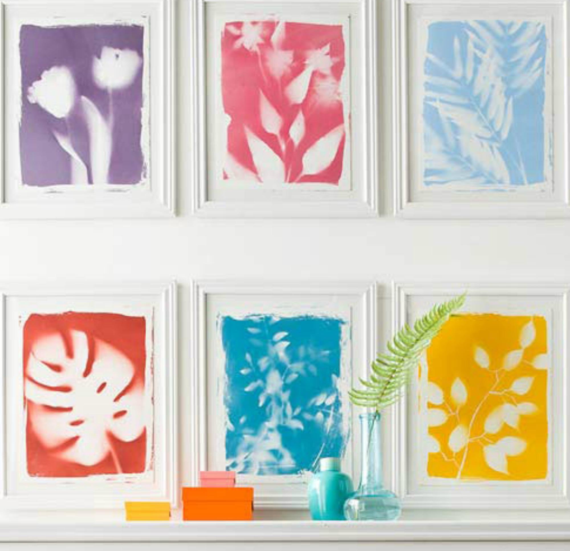 Με απλά σπρέι μπογιάς που θα βρείτε σε ένα χρωματοπωλείο μπορείτε να φτιάξετε αυτά τα υπέροχα πινακάκια.