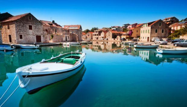 10 Απίστευτα Ευρωπαϊκά Νησιά που Έχουν Ξεφύγει της Προσοχής μας