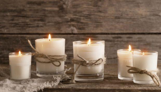 Δείτε το Έξυπνο Κερί που Ανάβει από το Κινητό σας (VIDEO)