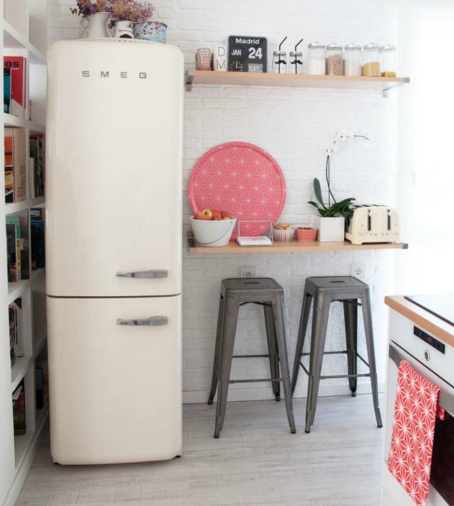 Μην ξεχνάτε να καθαρίζετε πίσω από το ψυγείο σας.