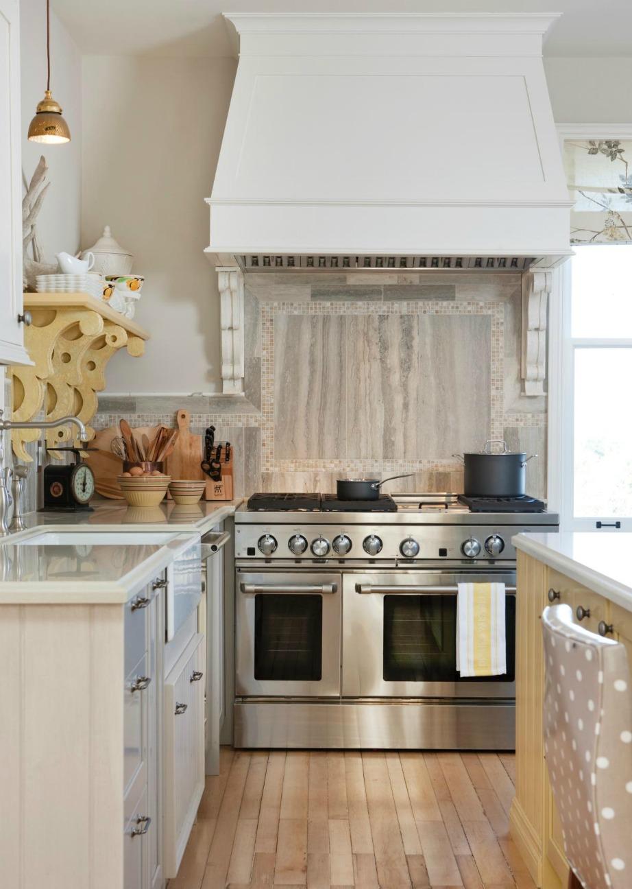 Ο απορροφητήρας της κουζίνας είναι ένα από τα σημεία που πρέπει να καθαρίζονται τακτικά.